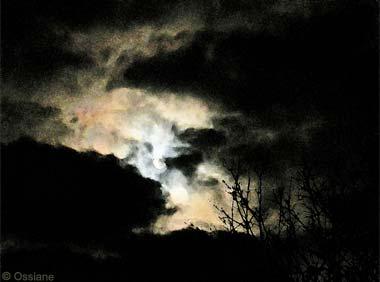 A la Rencontre d\\\\'un Nuage de Lavis, la Pierre de Lune.