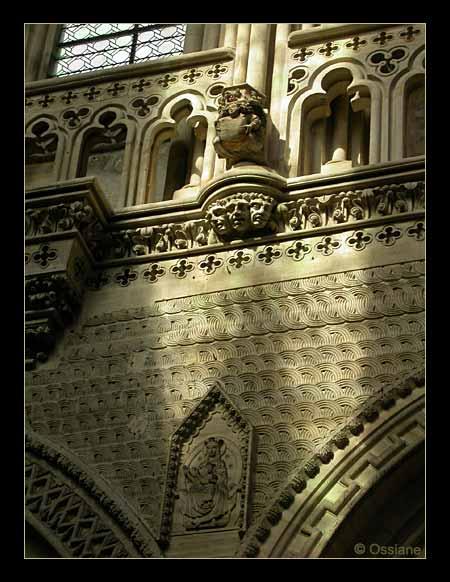 Dans la lumière Dorée, Trois Visages Effarés, Destins Egarés, Tiercefeuilles de l\\\'Histoire, Quare-feuilles de l\\\'Espoir.